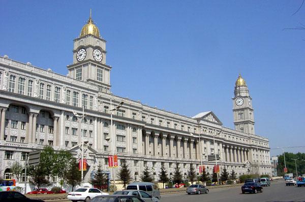 哈尔滨制药六厂办公大楼